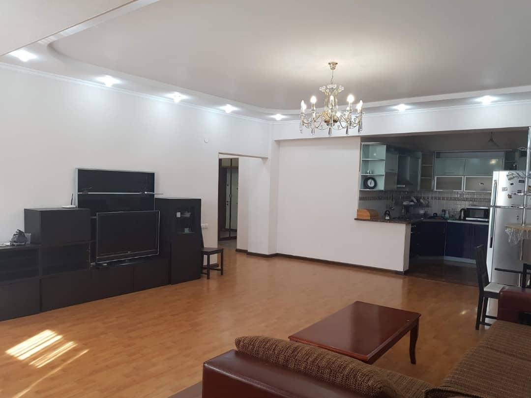 Продаем квартиру 3 комнаты